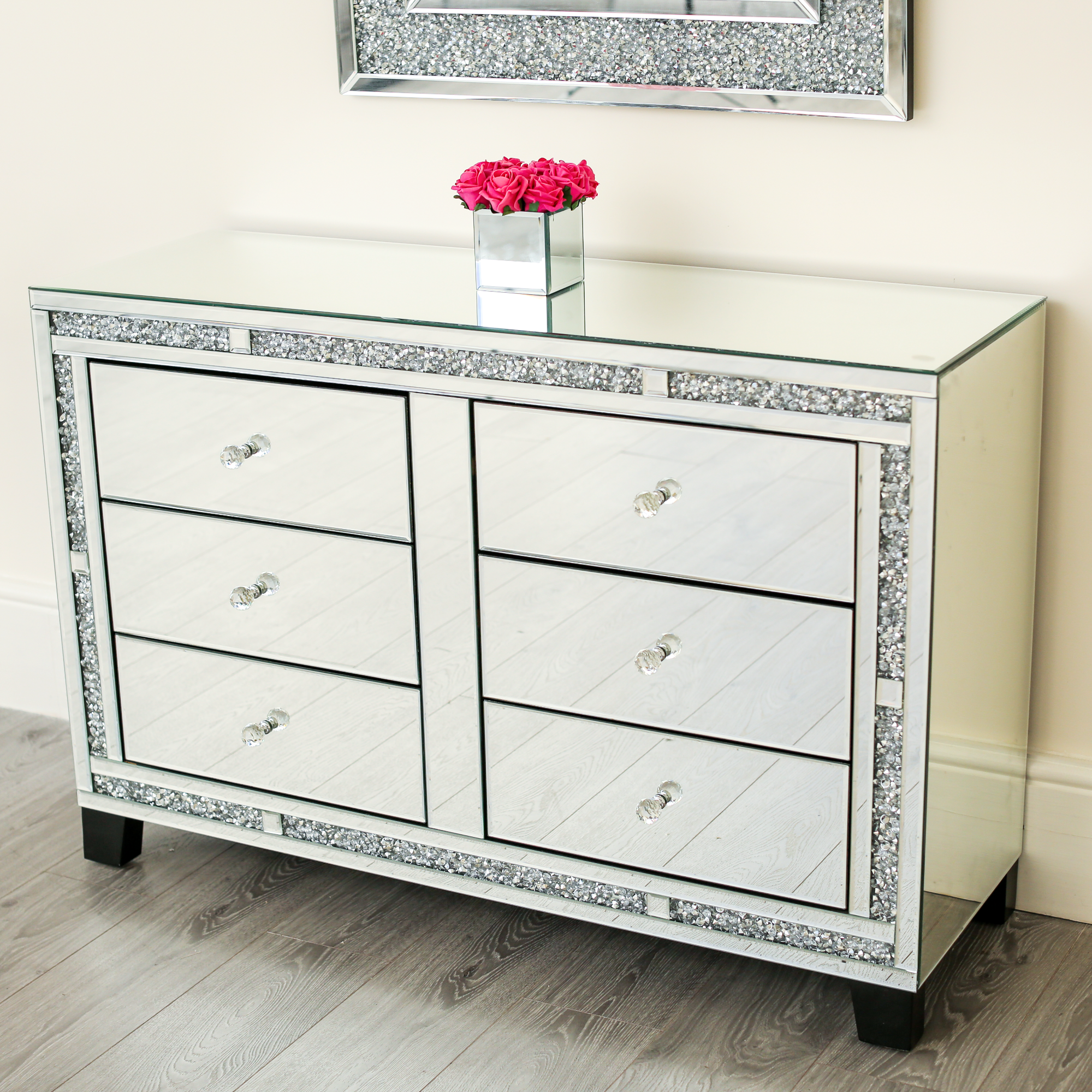 Diamond Crush Chest of Drawers / Side Board