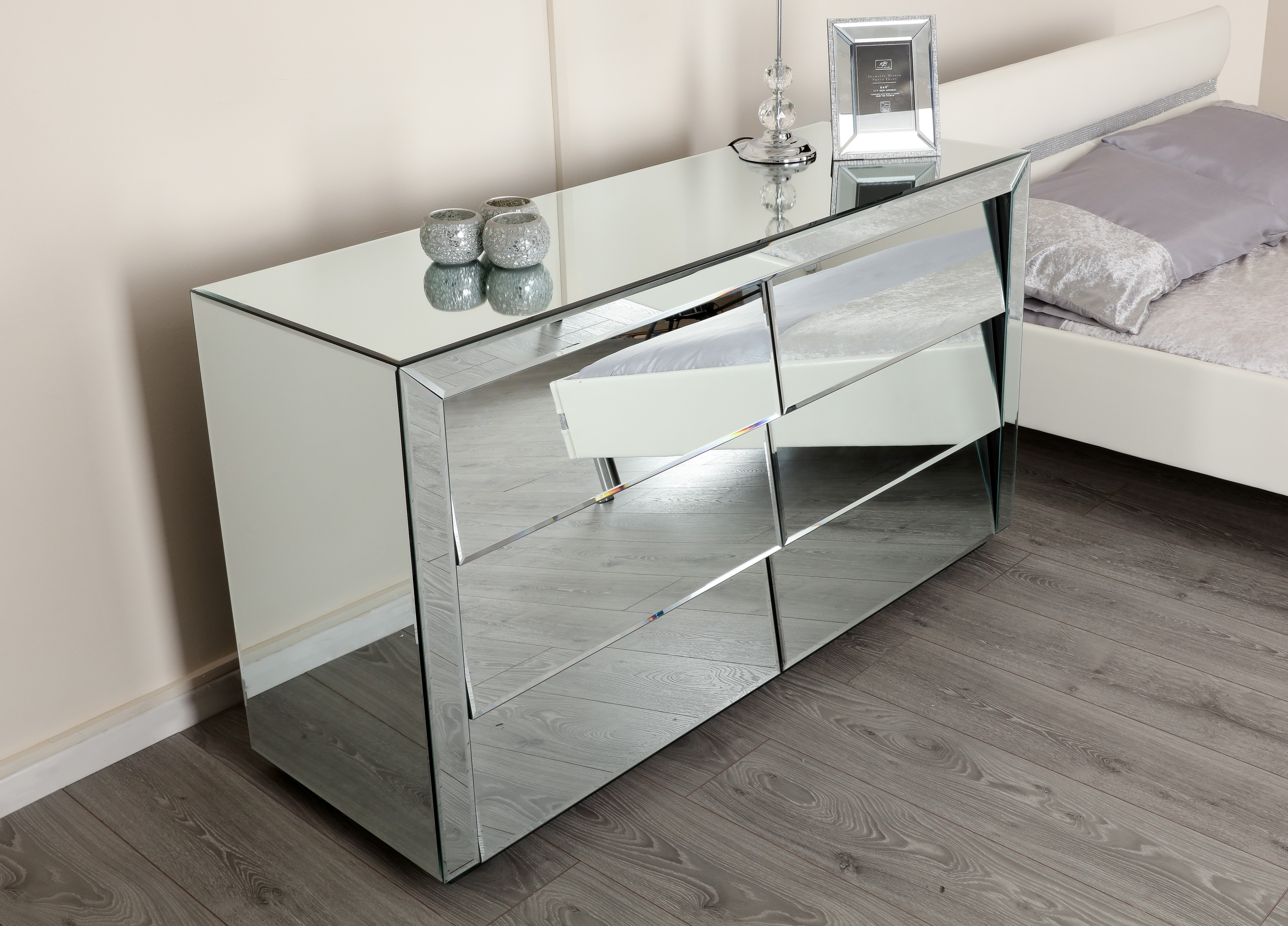 newest 30a7c ab67d Mirrored Wide Chest of 6 Angled Drawers