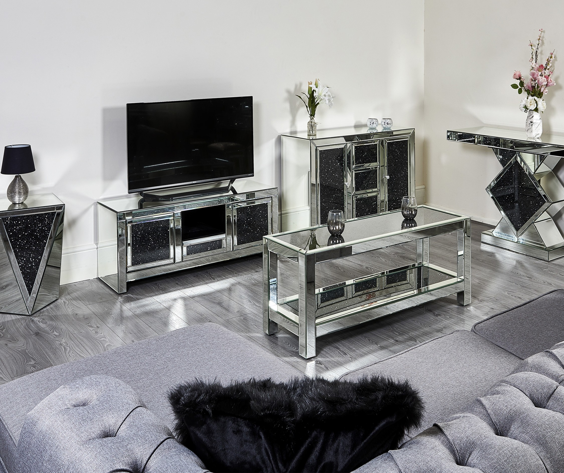 Details About Mirror Diamond Crush Coffee Table Sideboard Cabinet Glass Bedside Tv Stand