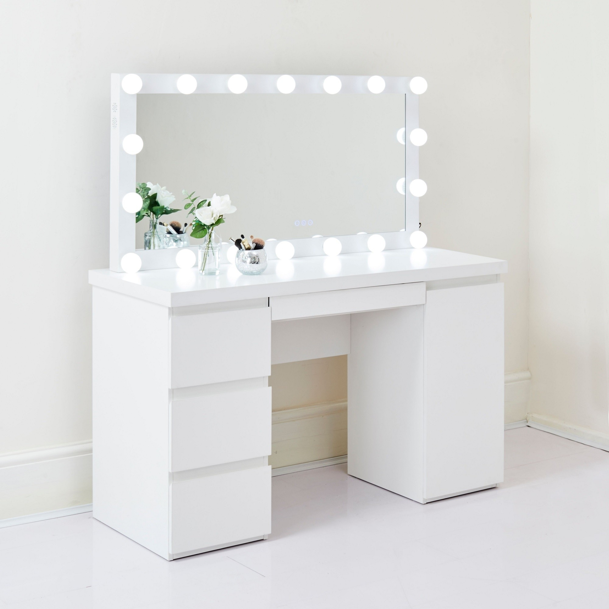 Led Hollywood Mirror With Dressing Table Bulb Lights Makeup Bluetooth Speaker Ebay